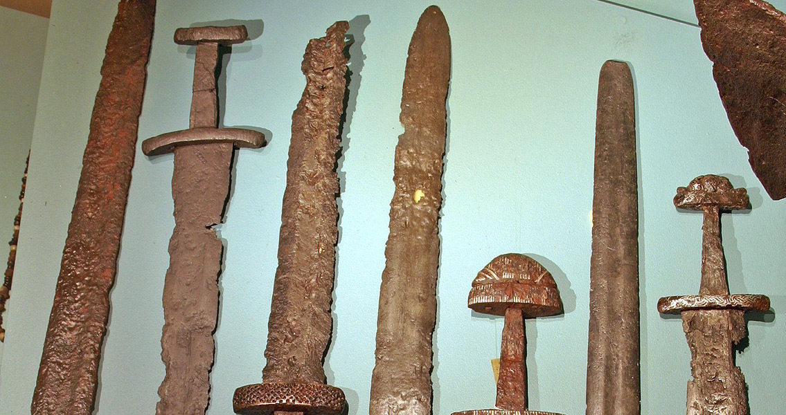 Viking-Swords-.jpg